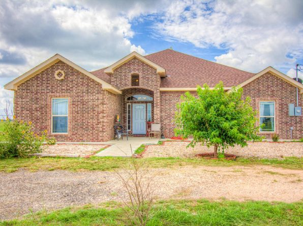4 bed 3 bath Single Family at 1311 Wheeler Ln Amarillo, TX, 79118 is for sale at 375k - 1 of 17