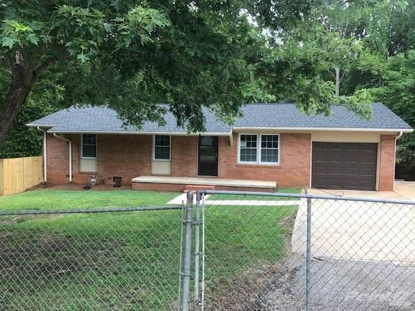 3 bed 1 bath Single Family at 1001 Double Oak Rd Lancaster, SC, 29720 is for sale at 125k - 1 of 25