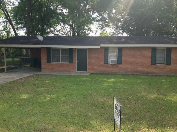 3 bed 1 bath Single Family at 29816 Aster St Walker, LA, 70785 is for sale at 95k - 1 of 4