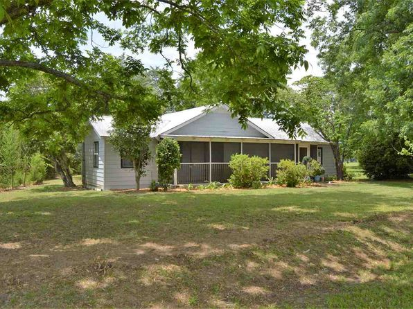 2 bed 2 bath Single Family at 784 Metcalf St Cottonwood, AL, 36320 is for sale at 60k - 1 of 36