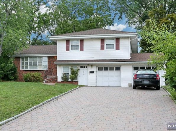 4 bed 3 bath Single Family at 373 Bogert Rd River Edge, NJ, 07661 is for sale at 539k - 1 of 18
