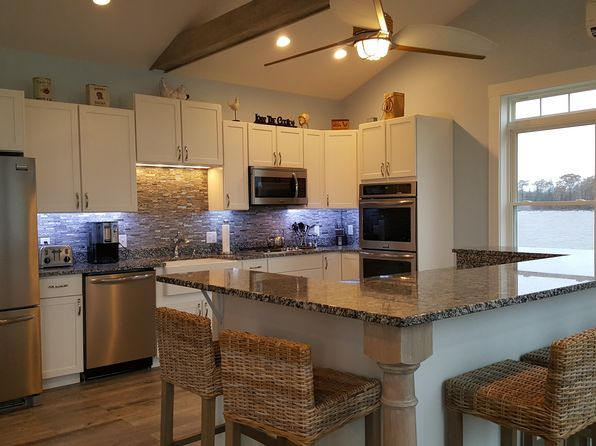 3 bed 4 bath Single Family at 169 Aa Landing Rd Orono, ME, 04401 is for sale at 635k - 1 of 11