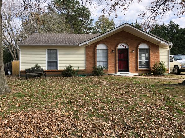 3 bed 1 bath Single Family at 944 Poplar Leaf Rd Collierville, TN, 38017 is for sale at 170k - 1 of 21