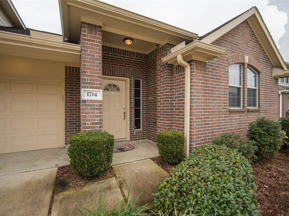 3 bed 2 bath Townhouse at 1714 Village Townhome Dr Pasadena, TX, 77504 is for sale at 169k - 1 of 27