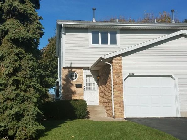 3 bed 2 bath Townhouse at 1332 Emerald Ter Sun Prairie, WI, 53590 is for sale at 125k - 1 of 16