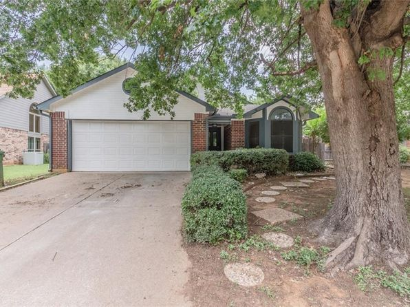 3 bed 2 bath Single Family at 1412 Laguna Vista Way Grapevine, TX, 76051 is for sale at 299k - 1 of 27