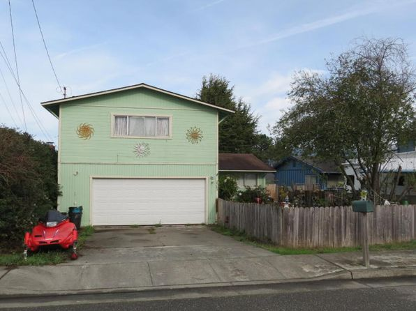 3 bed 2 bath Single Family at 2343 School St Fortuna, CA, 95540 is for sale at 249k - 1 of 13