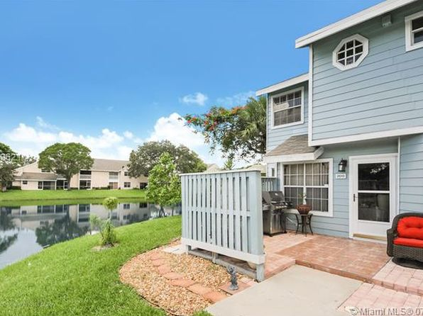 2 bed 3 bath Townhouse at 2013 Champions Way North Lauderdale, FL, 33068 is for sale at 187k - 1 of 12