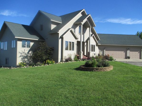 3 bed 3 bath Single Family at 45641 Sunnybrook Ln Vergas, MN, 56587 is for sale at 829k - 1 of 47