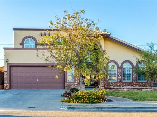 4 bed 3 bath Single Family at 2053 Sun Country Dr El Paso, TX, 79938 is for sale at 215k - 1 of 33