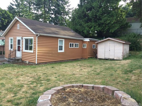 2 bed 1.5 bath Single Family at 10927 25th Ave SW Seattle, WA, 98146 is for sale at 300k - 1 of 4