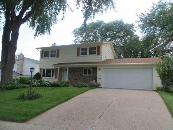 3 bed 2.5 bath Single Family at 3212 Kenwood Ave Davenport, IA, 52807 is for sale at 200k - 1 of 22