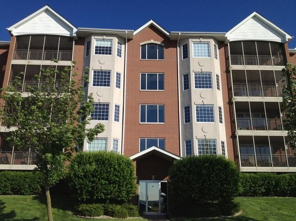 2 bed 2 bath Condo at 7920 Trinity Cir Tinley Park, IL, 60487 is for sale at 195k - 1 of 11