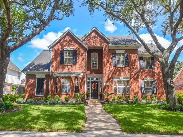 4 bed 4 bath Single Family at 3922 Bountiful Crest Ln Sugar Land, TX, 77479 is for sale at 429k - 1 of 32