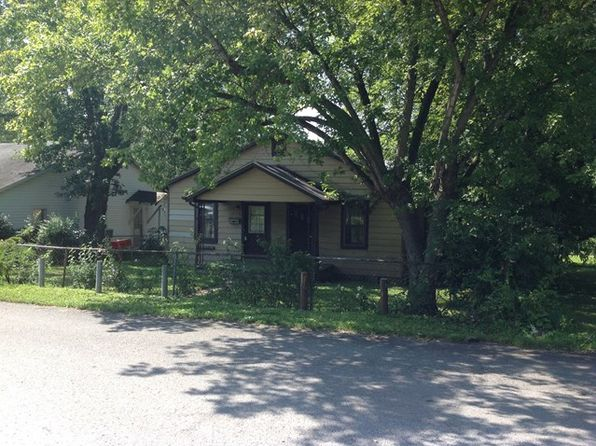 3 bed 1 bath Multi Family at 1205 E 18th St Hopkinsville, KY, 42240 is for sale at 15k - 1 of 2