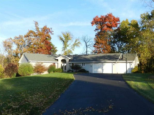 3 bed 3 bath Single Family at 7617 Brookes Way Ln Cherry Valley, IL, 61016 is for sale at 255k - 1 of 72