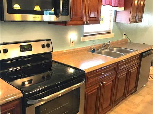 3 bed 1 bath Single Family at 515 Homeland St Hampton, VA, 23661 is for sale at 99k - 1 of 22