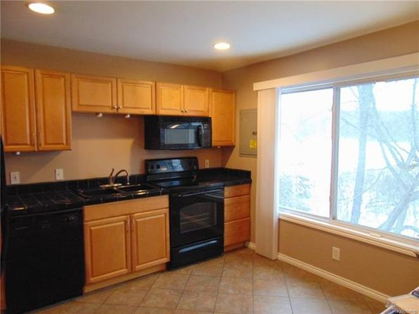 2 bed 1 bath Condo at 1058 Village Dr White Lake, MI, 48383 is for sale at 70k - 1 of 12