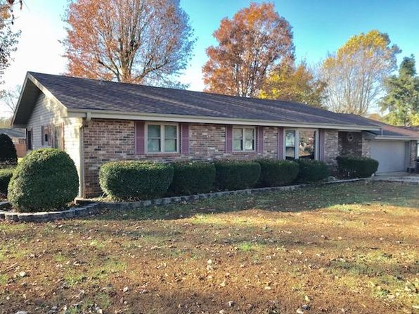 3 bed 2 bath Single Family at 810 Carlton St Mountain Grove, MO, 65711 is for sale at 140k - 1 of 11