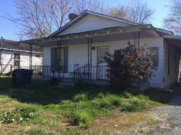 3 bed 1 bath Single Family at 110 W Oak St Rossville, GA, 30741 is for sale at 40k - google static map