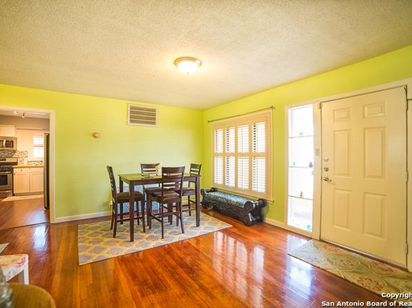 2 bed 2 bath Single Family at 114 Wayside Dr San Antonio, TX, 78213 is for sale at 120k - 1 of 19