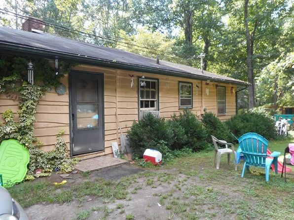 2 bed 1 bath Single Family at 185 Coweeta Lake Cir Otto, NC, 28763 is for sale at 79k - 1 of 10