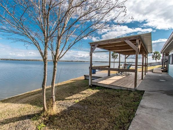 3 bed 2 bath Single Family at 122 N Trail Sandia, TX, 78383 is for sale at 298k - 1 of 35