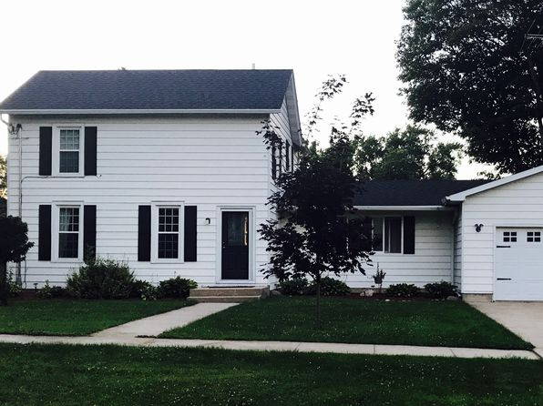 3 bed 2 bath Single Family at 305 School St Lena, IL, 61048 is for sale at 135k - 1 of 15