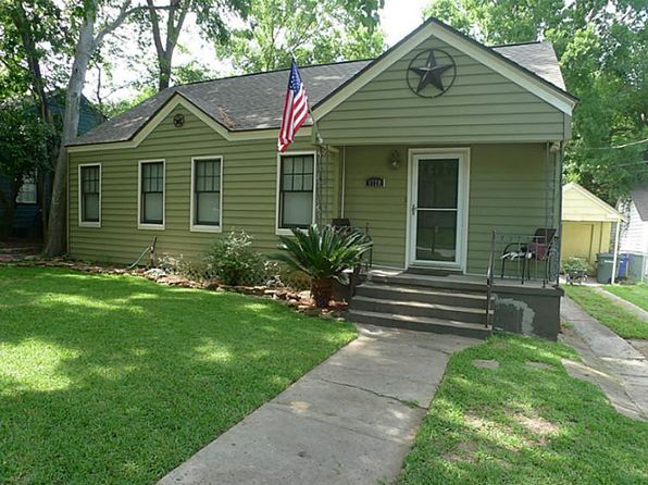 2 bed 1 bath Single Family at 1720 18th St Huntsville, TX, 77340 is for sale at 125k - 1 of 15