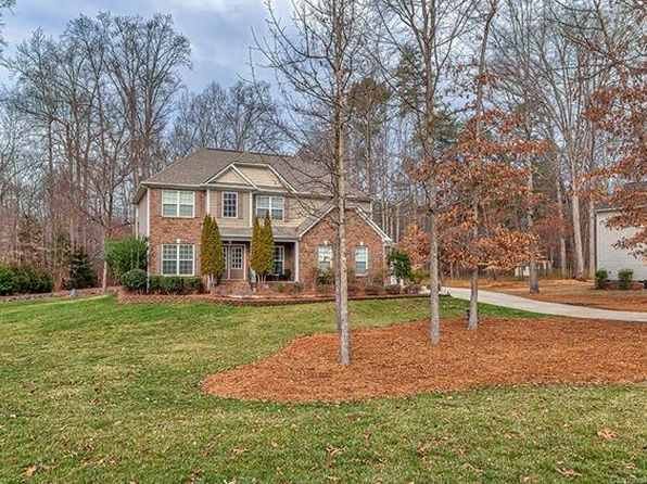 3 bed 3 bath Single Family at 5205 Blackjack Ln Charlotte, NC, 28227 is for sale at 379k - 1 of 30