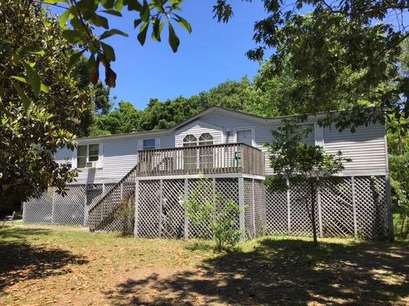3 bed 2 bath Mobile / Manufactured at 1504 Periwinkle Dr Mt Pleasant, SC, 29466 is for sale at 195k - 1 of 11