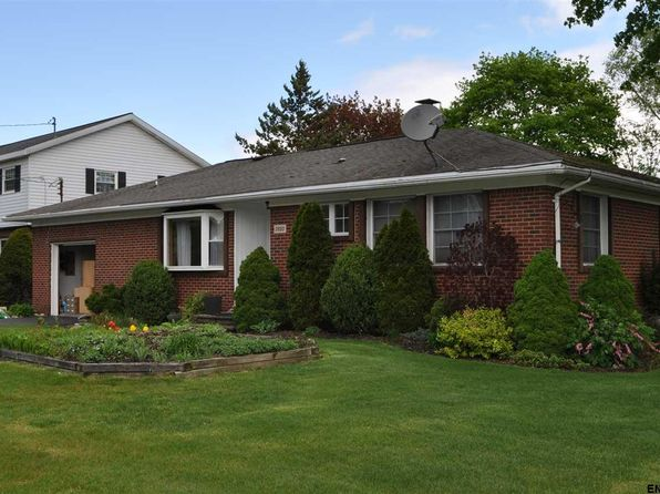 3 bed 2 bath Single Family at 1620 12th Ave Watervliet, NY, 12189 is for sale at 260k - 1 of 8