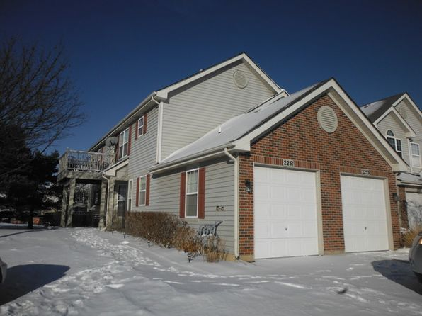 2 bed 1 bath Townhouse at 2251 Lake Ridge Dr Glendale Heights, IL, 60139 is for sale at 165k - 1 of 21