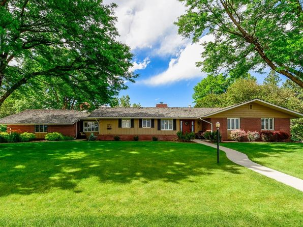 3 bed 3 bath Single Family at 45 Fairway Ln Littleton, CO, 80123 is for sale at 900k - 1 of 35