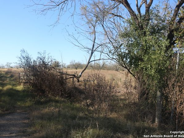 null bed null bath Vacant Land at 661 County Road 121 Floresville, TX, 78114 is for sale at 18k - 1 of 4