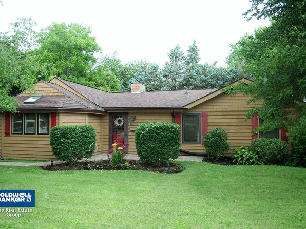 3 bed 2 bath Single Family at 221 S Hadsall St Genoa, IL, 60135 is for sale at 163k - 1 of 24