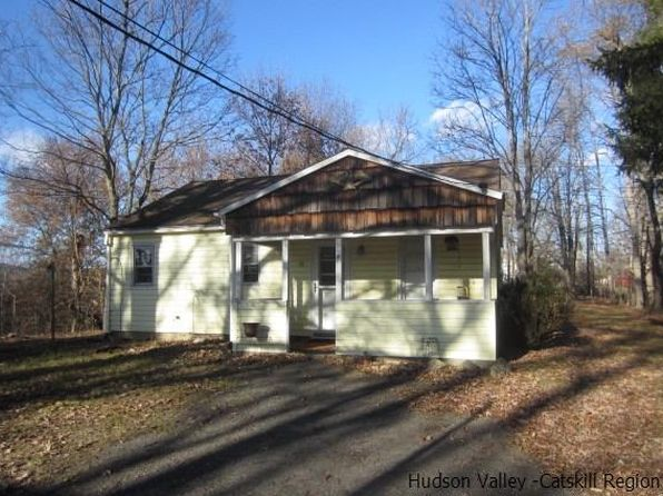 3 bed 1 bath Single Family at 207 Old Kingston Rd New Paltz, NY, 12561 is for sale at 195k - 1 of 13