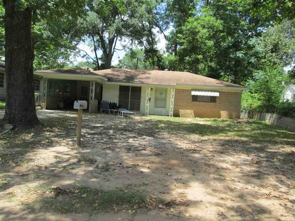 2 bed 1 bath Single Family at 605 W Meredith St Marshall, TX, 75670 is for sale at 35k - google static map