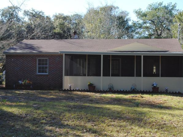 2 bed 1 bath Single Family at 1900 Darby Dr Beaufort, SC, 29902 is for sale at 163k - 1 of 14