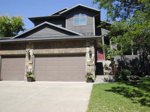 5 bed 4 bath Single Family at 3325 Hackberry St Bismarck, ND, 58503 is for sale at 400k - 1 of 29