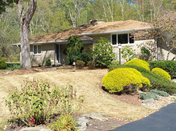 4 bed 3 bath Single Family at 9506 Springfield Dr Allison Park, PA, 15101 is for sale at 380k - 1 of 25