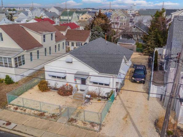 4 bed 2 bath Single Family at 110 G St Seaside Park, NJ, 08752 is for sale at 479k - 1 of 35