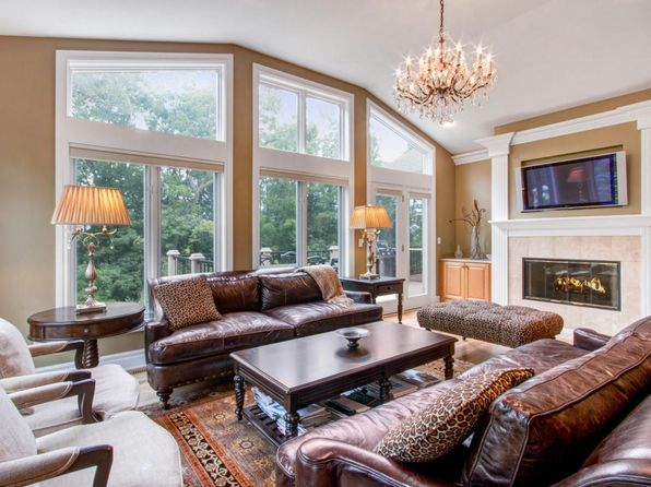 3 bed 3 bath Condo at 652 Trevino Dr Lake Geneva, WI, 53147 is for sale at 495k - 1 of 25