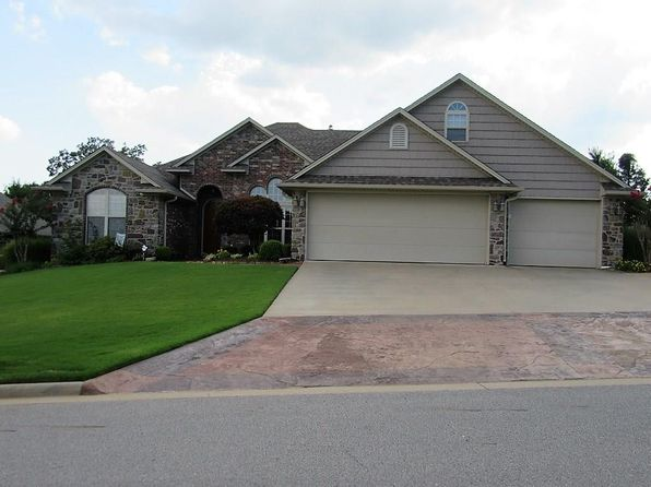 4 bed 2.5 bath Single Family at 2521 PARKWAY LN VAN BUREN, AR, 72956 is for sale at 300k - 1 of 27