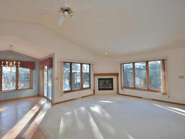 2 bed 4 bath Condo at 903 Bay View Cir Mukwonago, WI, 53149 is for sale at 228k - 1 of 22