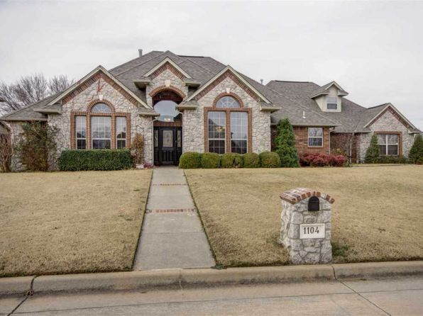 4 bed 3.5 bath Single Family at 1104 Pecan Lake Ct Stillwater, OK, 74074 is for sale at 340k - 1 of 25