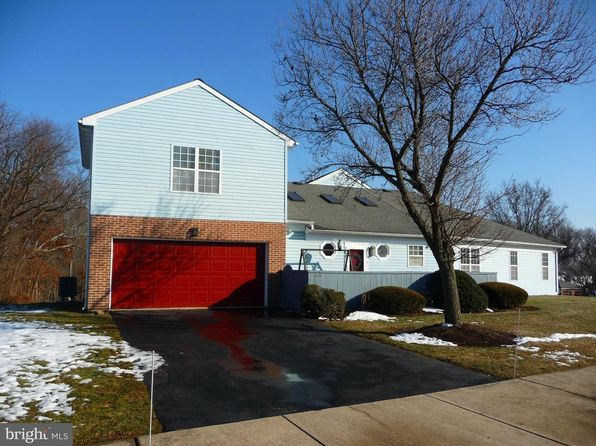 3 bed 2 bath Single Family at 220 Winding Hill Dr Lancaster, PA, 17601 is for sale at 170k - 1 of 24