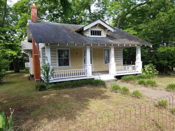 2 bed 1 bath Single Family at 107 Livingston Ave Bennettsville, SC, 29512 is for sale at 35k - 1 of 6