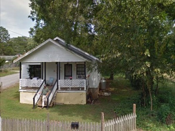 2 bed 1 bath Single Family at 251 W Centennial St Spartanburg, SC, 29303 is for sale at 30k - 1 of 4