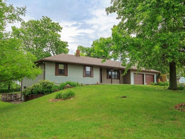 3 bed 3 bath Single Family at 18555 Stubbs Station Rd Camden Point, MO, 64018 is for sale at 450k - 1 of 25